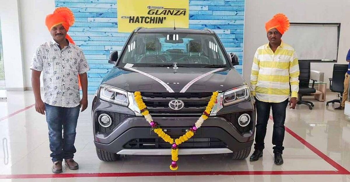 Toyota अपनी खुद की कारों जैसे कि Fortuner, Innova की तुलना में Maruti Suzuki की कारों को ज्यादा रीबैड करती है