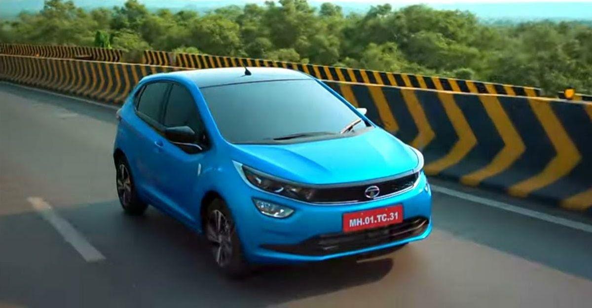 Tata Altroz iTurbo आधिकारिक वीडियो में नई कार और उसके फीचर्स को बाहर दिखाया गया है