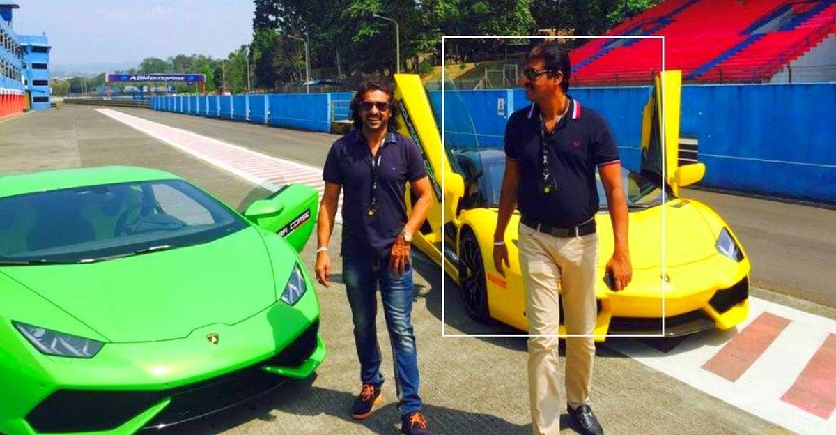 मिलिए Lamborghini डीलर से, जिन्होंने बैंगलोर में एक चायवाले के रूप में शुरुआत की थी