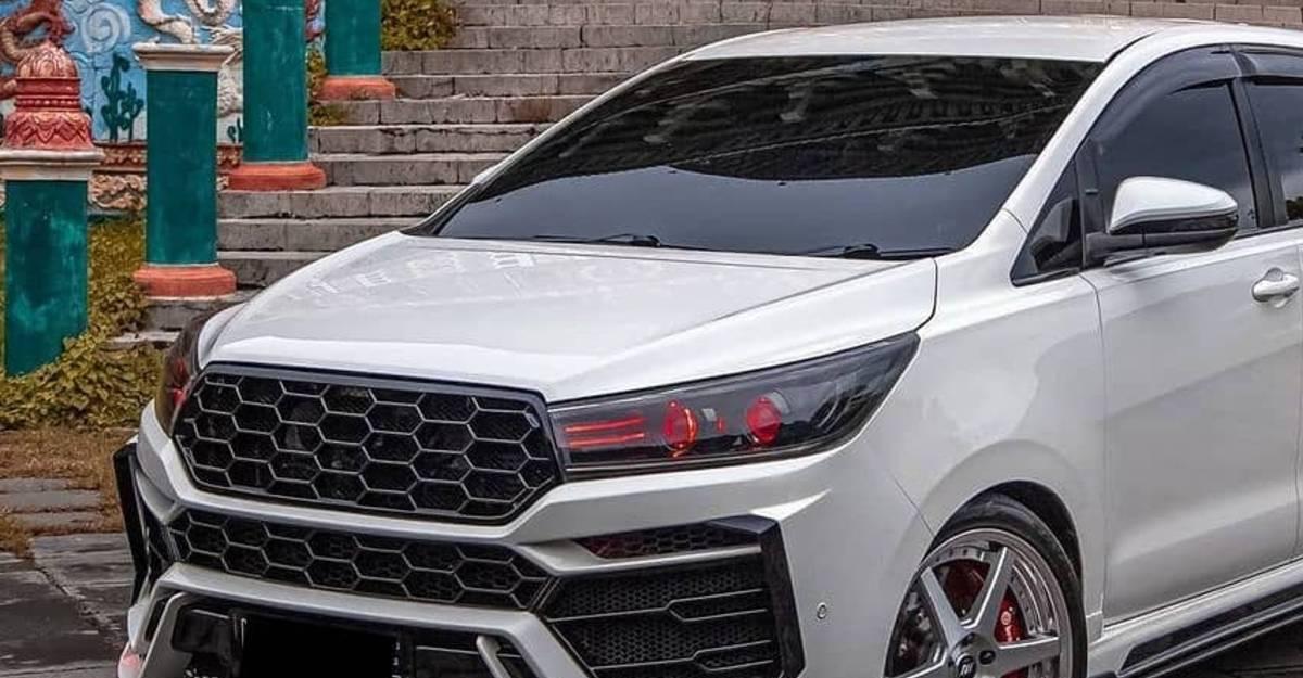 Toyota Innova Crysta Lamborghini Urus बॉडी किट 1 लाख रुपये से कम में