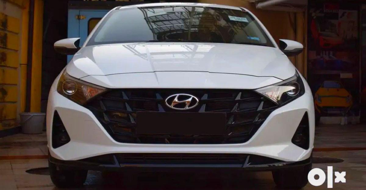 बमुश्किल Used 2021 Hyundai i20 प्रीमियम हैचबैक बिक्री के लिए