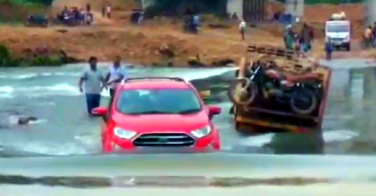 Ford EcoSport अपने सेगमेंट-बेस्ट वॉटर वैडिंग क्षमता को Boss की तरह दिखाता है