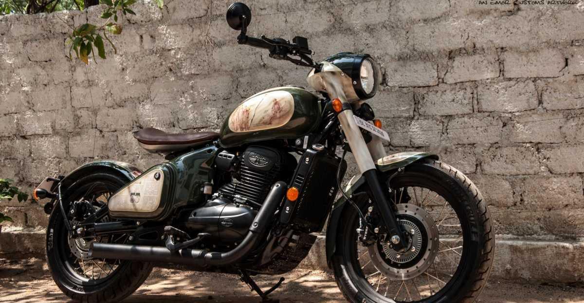 भाई बहन ने मिलके अपने गुजरे हुए army officer भाई के लिये बनवाई special Jawa बाइक