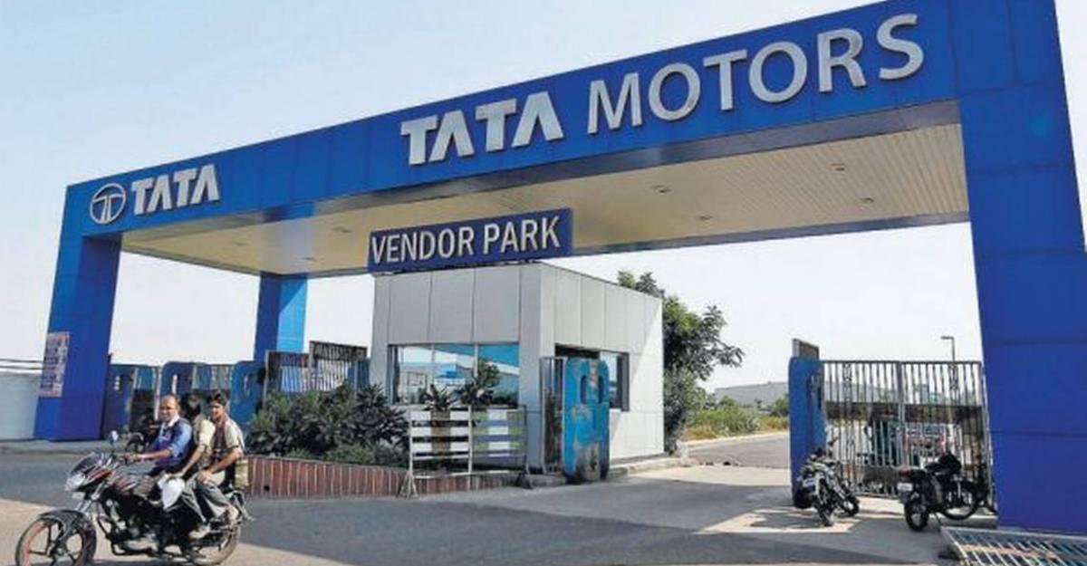 Tata Motors ने पुणे कारखाने में उत्पादन बंद कर दिया: सभी नई Safari डिलीवरी में देरी हो सकती है