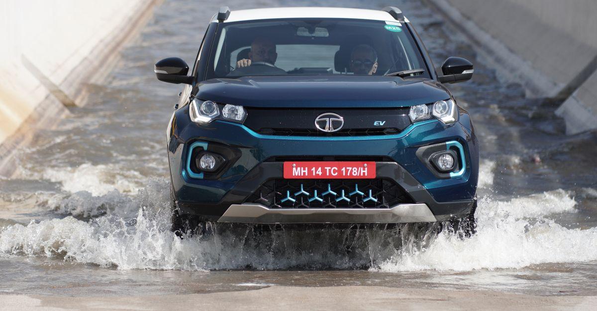 भारत में बिकने वाली 10 इलेक्ट्रिक कारों में से 6 कारें Tata Nexon EV हैं