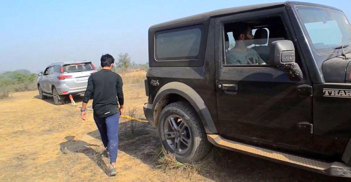 न्यू Mahindra Thar अटक गया: Toyota Fortuner बचाव के लिए