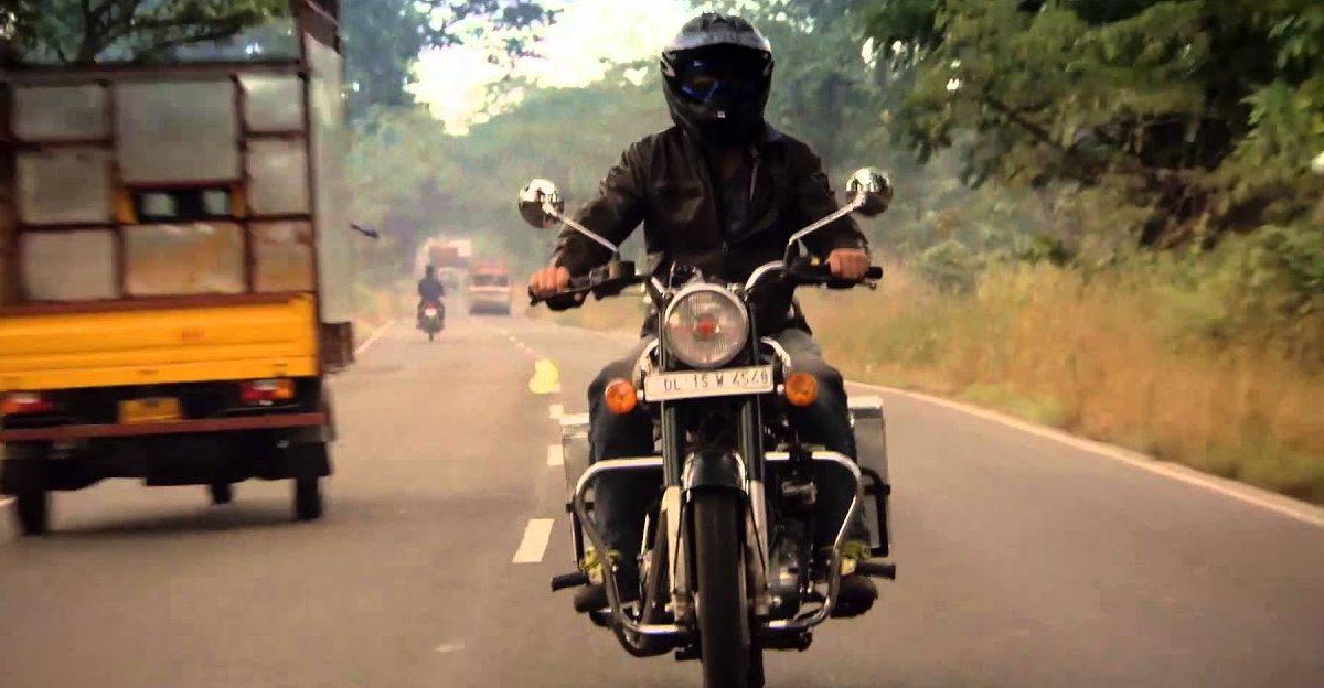 आपके वाहन पर कोई Mirrors/ Working Indicators नहीं है? पुलिस ने कहा कि 500 रुपये का जुर्माना लगेगा