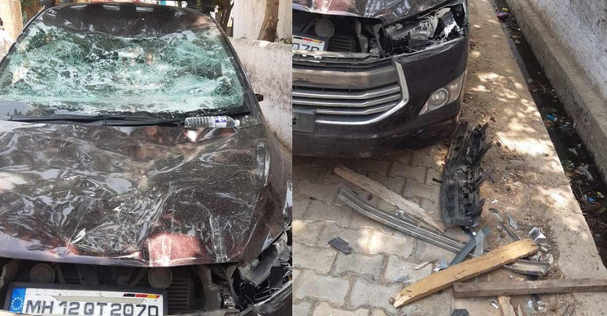 पुलिस की आरोपियों को गिरफ्तार करने की कोशिश: अपराधियों की जवाबी कार्रवाई में पुलिस की Toyota Innova Crysta को भारी नुकसान
