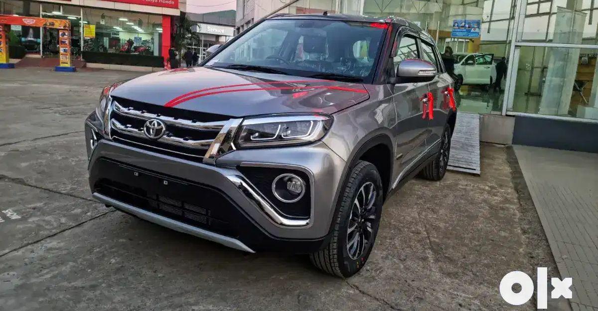 लगभग नई Toyota Urban Cruiser compact SUVs बिक्री के लिए उपलब्ध