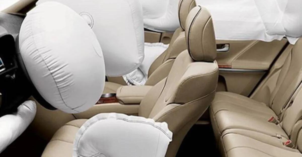 सरकार द्वारा दी गई नई कारों में अनिवार्य ड्यूल एयरबैग की समय सीमा बढ़ाई गई