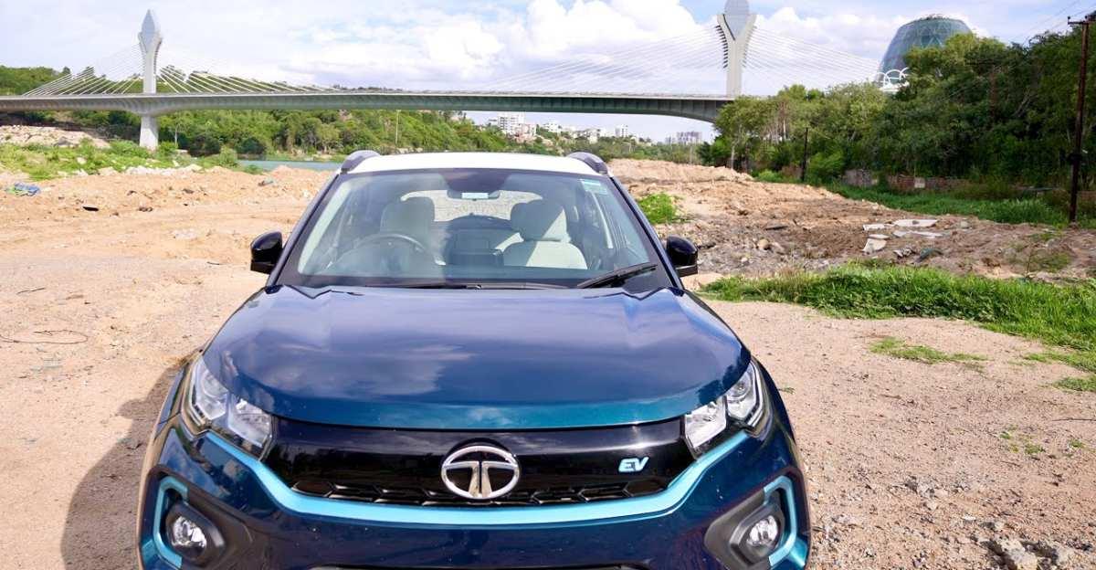 Tata Nexon EV के मालिक ने 10,000 Km चलाने के बाद अपनी इलेक्ट्रिक SUV की समीक्षा की