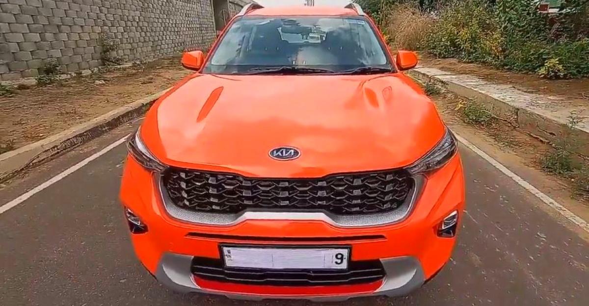 चमकीले नारंगी रंग में लिपटा भारत का पहला Kia Sonet आकर्षक लगता है