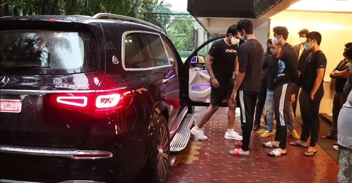 Sonu Sood ने बेटे को 3 करोड़ कीमत की Mercedes-Maybach GLS600 सुपर लग्जरी SUV गिफ्ट की