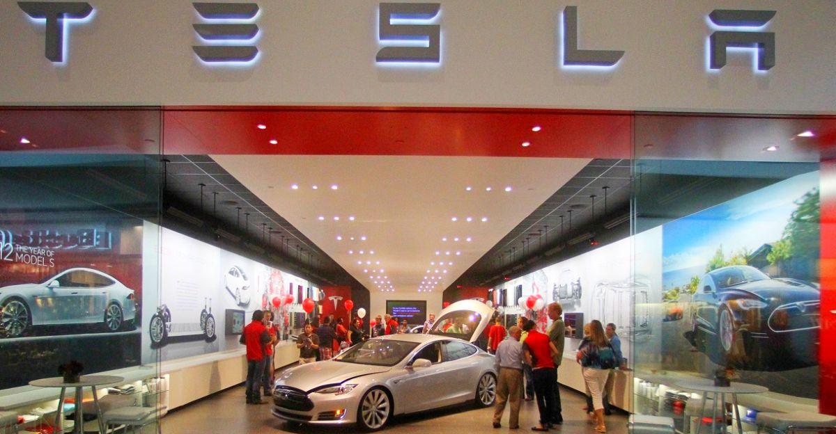 भारत में Tesla Model 3 के लॉन्च से पहले, कंपनी ने वरिष्ठ प्रबंधन को नियुक्त करना शुरू कर दिया है