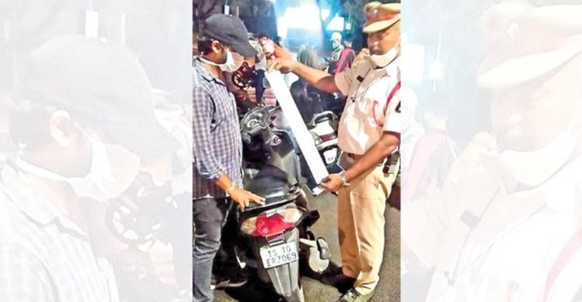 हैदराबाद पुलिस ने 35,000 रुपये के 130 अपूर्ण दोपहिया चालान के साथ आईटी पेशेवर का भंडाफोड़ किया