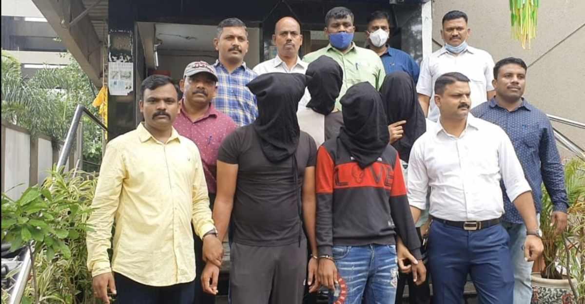 Maruti Eeco silencer चोरी करने वाला गिरोह ठाणे से गिरफ्तार