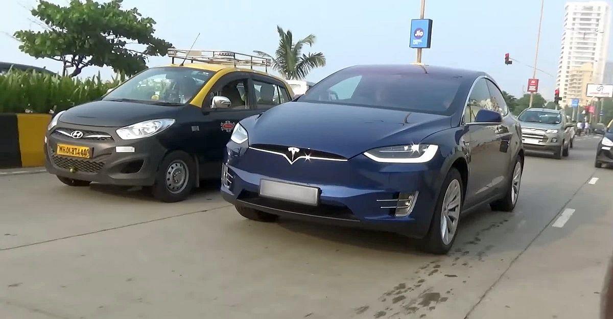 Tesla ने भारत सरकार से इलेक्ट्रिक कारों पर आयात शुल्क कम करने को कहा: Ola के Bhavish Agarwal & Tata असहमत