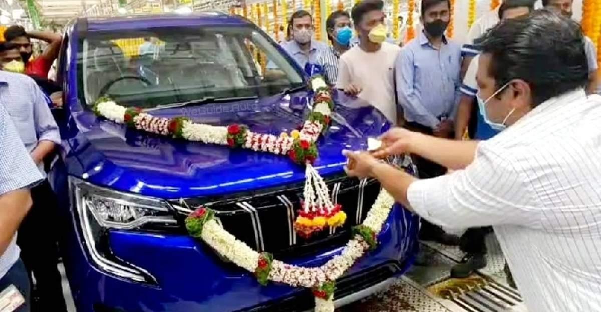 लॉन्च से पहले पुणे के चाकन कारखाने में Mahindra XUV700 का उत्पादन शुरू