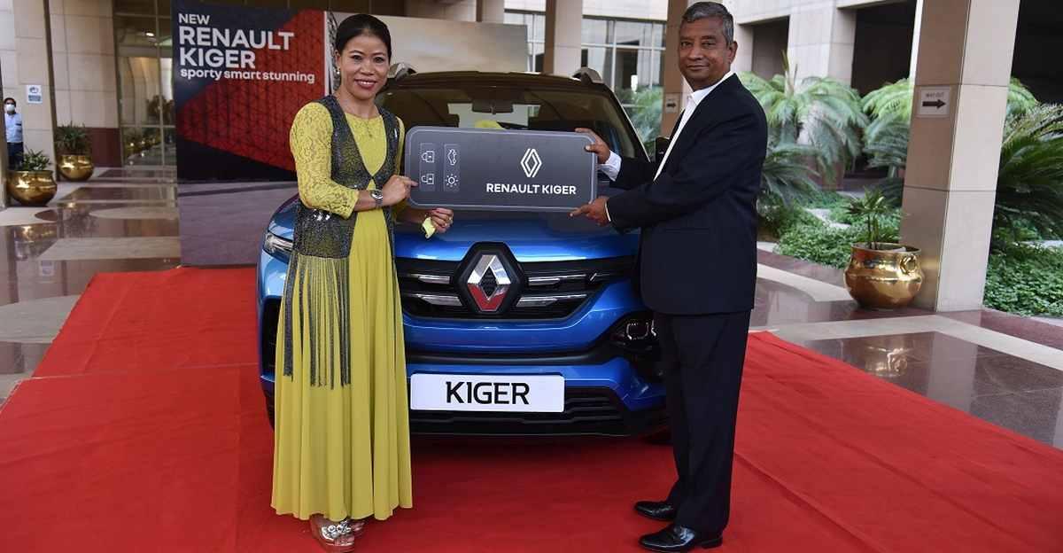 Renault Kiger SUV भारतीय दिग्गज मुक्केबाज मैरी कोम को भेंट की गई