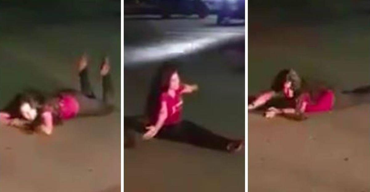कथित तौर पर नशे में धुत महिलाएं सड़क पर लेट जाती हैं, और यातायात को रोकने की कोशिश करती हैं