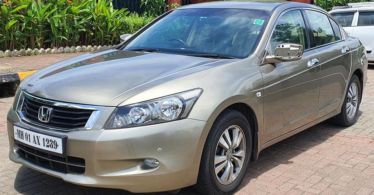 हैचबैक कीमतों पर लग्जरी सेडान: Honda Accord से Skoda Superb तक