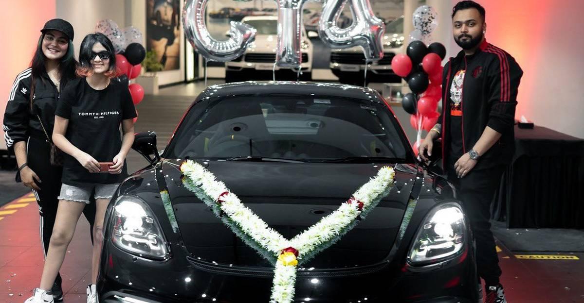 करोड़पति अमित सिंह ने नई Porsche 718 Cayman GT4 स्पोर्ट्स कार की डिलीवरी ली