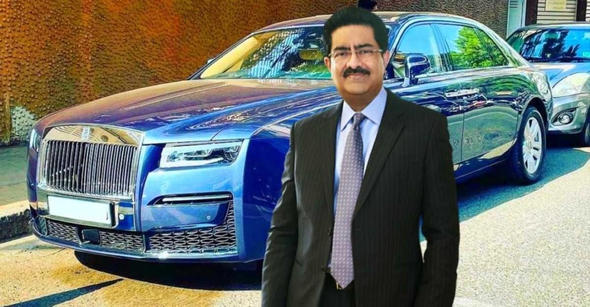 अरबपति कुमार मंगलम बिड़ला अपने नए मल्टी-करोड़ Rolls Royce Ghost में देखे गए