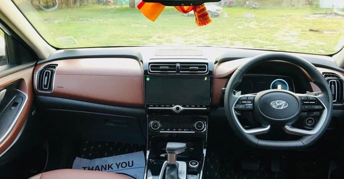 Hyundai Alcazar SUV के इंटीरियर्स को और प्रीमियम दिखने के लिए संशोधित किया गया