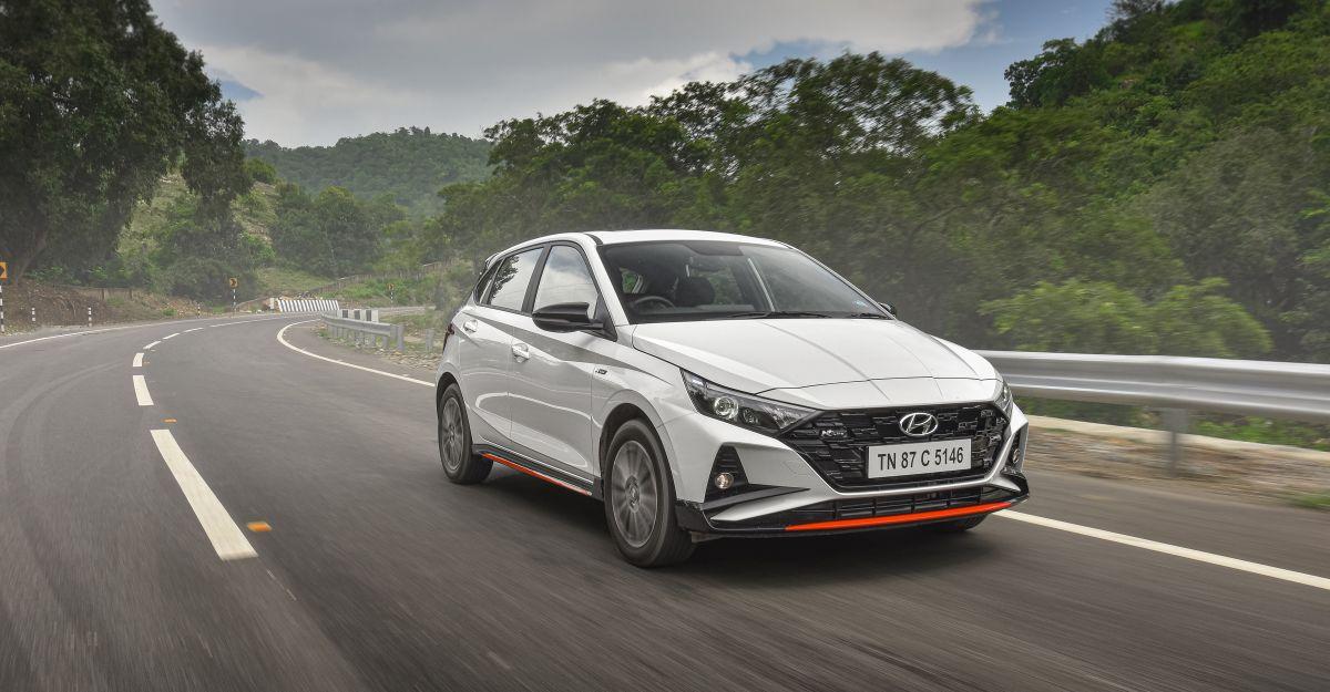 Cartoq की पहली ड्राइव समीक्षा में Hyundai i20 N लाइन 1.0 DCT