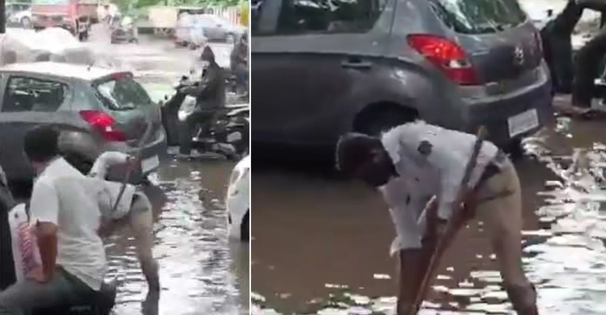 पुणे ट्रैफिक पुलिस ने सुचारू यातायात प्रवाह सुनिश्चित करने के लिए गंदे नाले के मुंह से कचरा हटाया