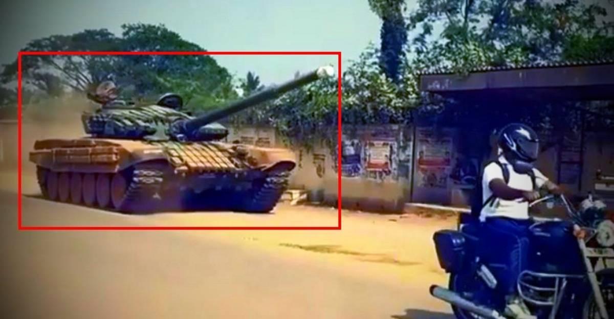 भारतीय सड़क पर Army का युद्धक टैंक [वीडियो]